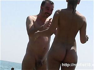 i love to be bare on the naked beach
