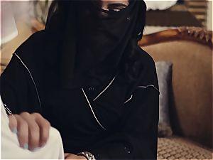 Arab wife penalized by kinky hubby