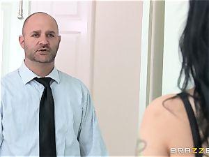 hotwife wife Katrina Jade pummels black man sausage